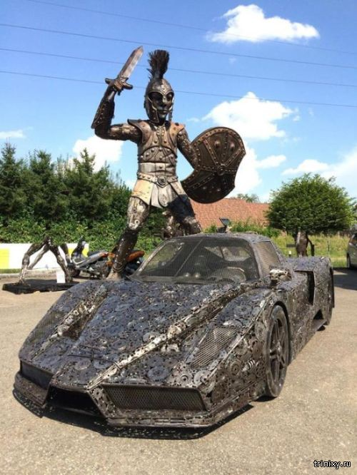 Автомобиль из металлолома