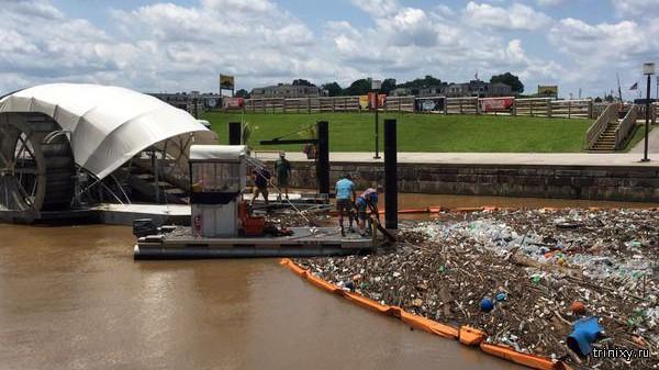 Плавающие мусоросборники утилизировали почти 1 миллион тонн мусора
