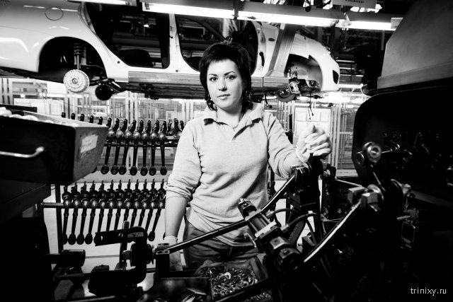 Работницы завода АВТОВАЗ
