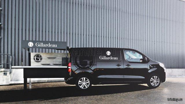Устричный фудтрак на базе Peugeot Expert