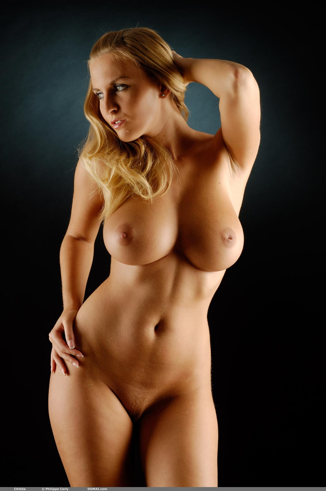 Большие сиськи срочное фото, секс с перекаченной девушкой видео