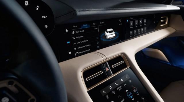 Porsche официально представила электромобили Taycan