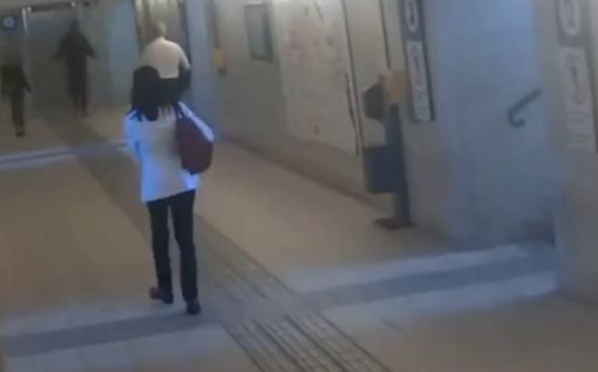 В Италии мигрант «вырубил» двух женщин за то, что они оказались на его пути
