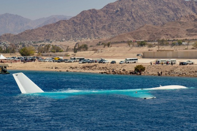 В Иордании ради дайверов затопили самолёт