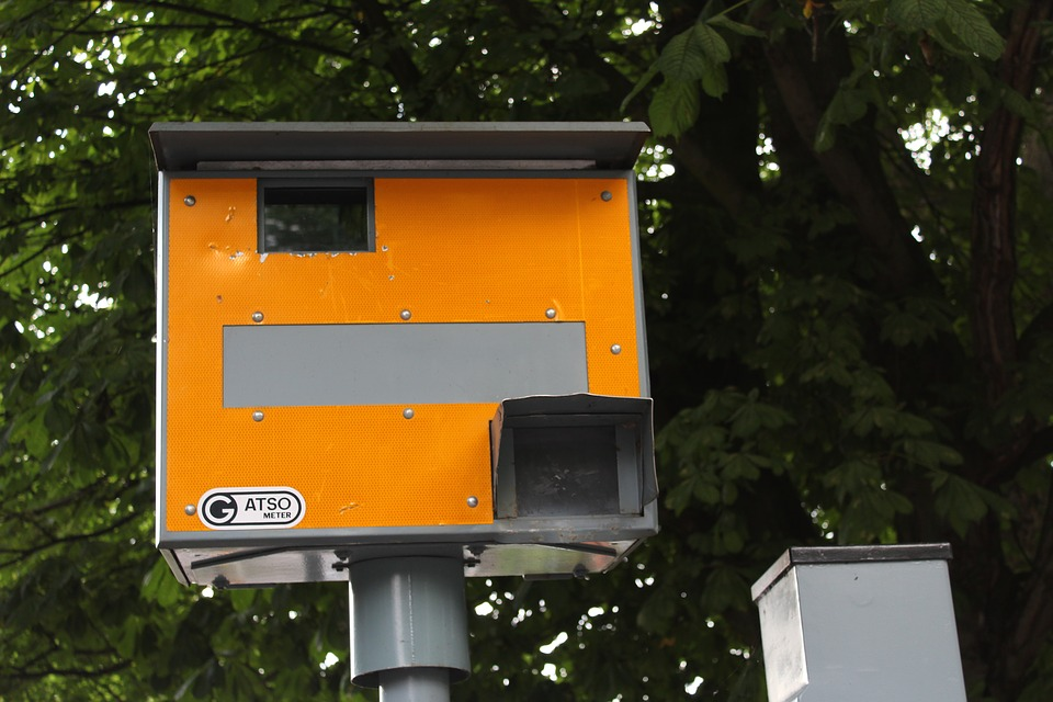 ГИБДД предложила не штрафовать водителей в туман или сильный дождь