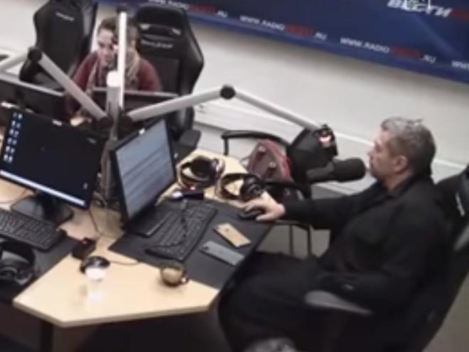 Соловьёв не сдержался во время эфира и назвал слушателя «мразью»
