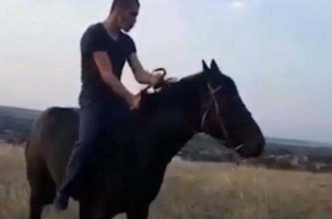 Экстренное катапультирование с коня
