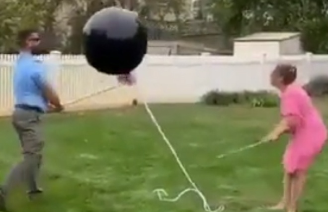 Улетевший шарик устроил хаос