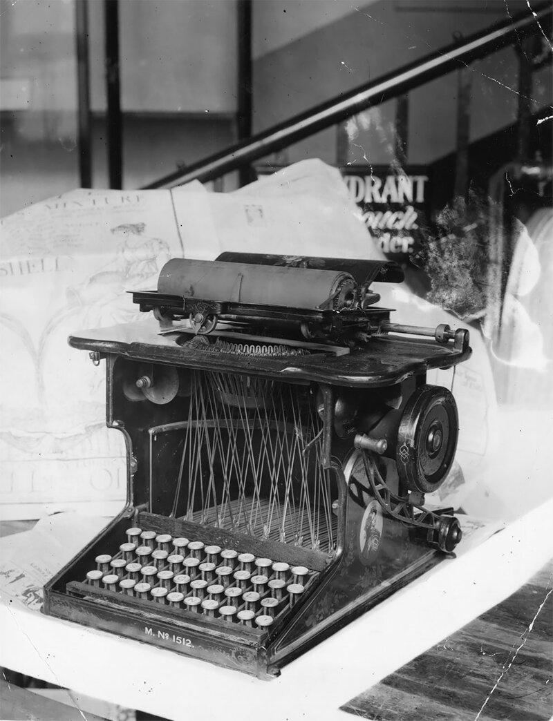 Фотоподборка эпохи пишущих машинок
