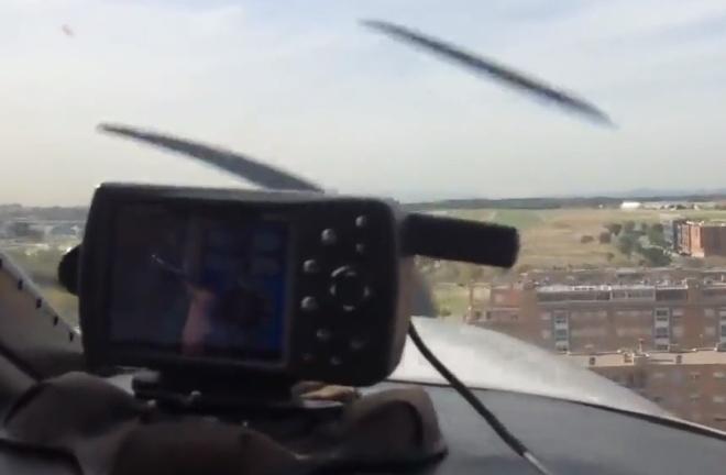 Аварийная посадка самолёта от первого лица
