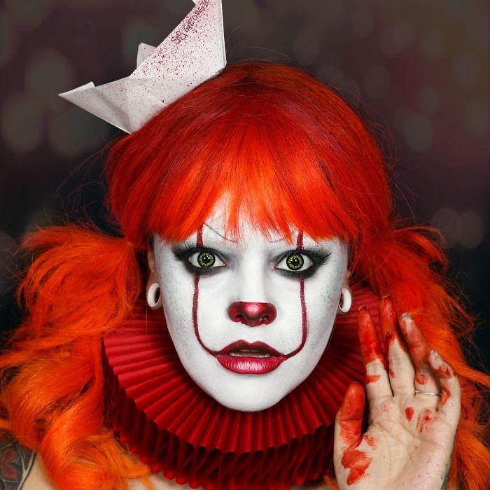Девушка классно перевоплощается, и это отличные образы на Хэллоуин