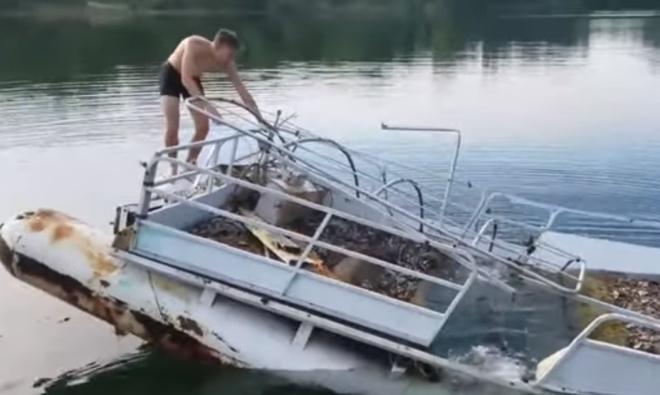 Капитан никогда не бросает корабль!