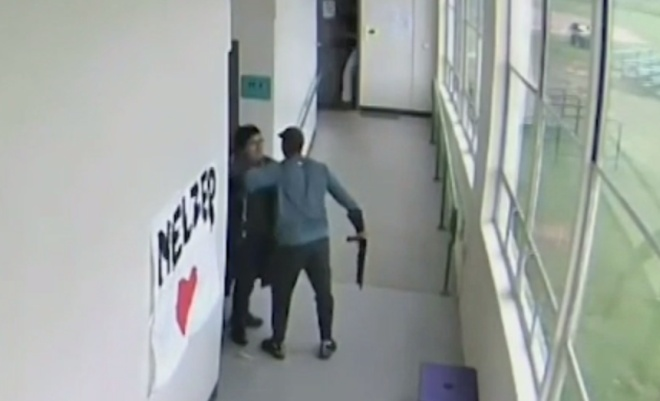 Школьный тренер не дал ученику расстрелять сверстников