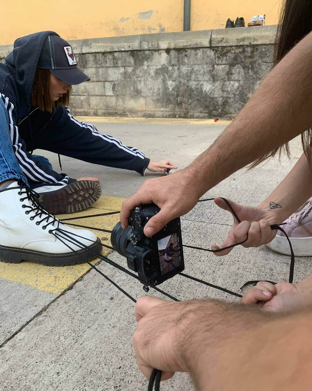 Фотограф из Барселоны показал, как выглядят крутые фотосессии со стороны