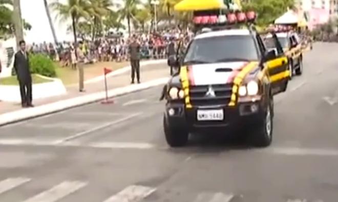 Показательные выступления спецназа Бразилии - очень