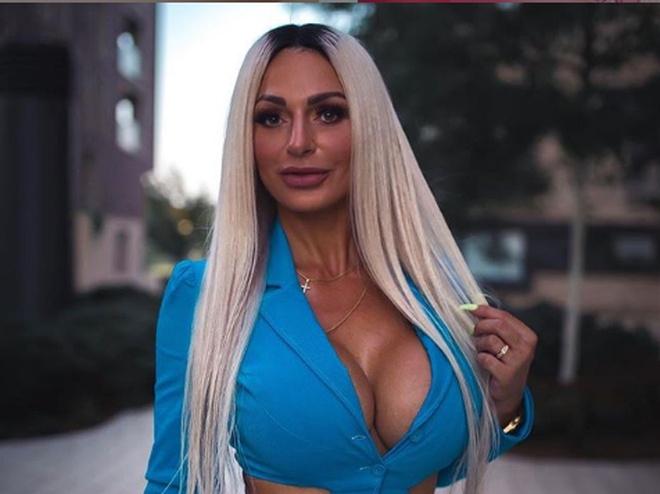 Надин Керастас: модель-бодибилдерша, которая за один пост в Instagram зарабатывает до 160 000
