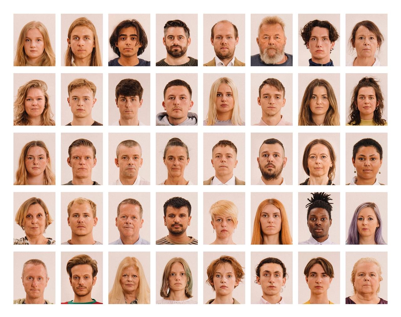 Хотите узнать, что происходит за кадром, когда люди делают фото на документы?