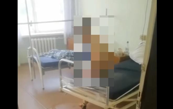 Уборщица умыла пациентку одной из больниц Миасса грязной половой тряпкой