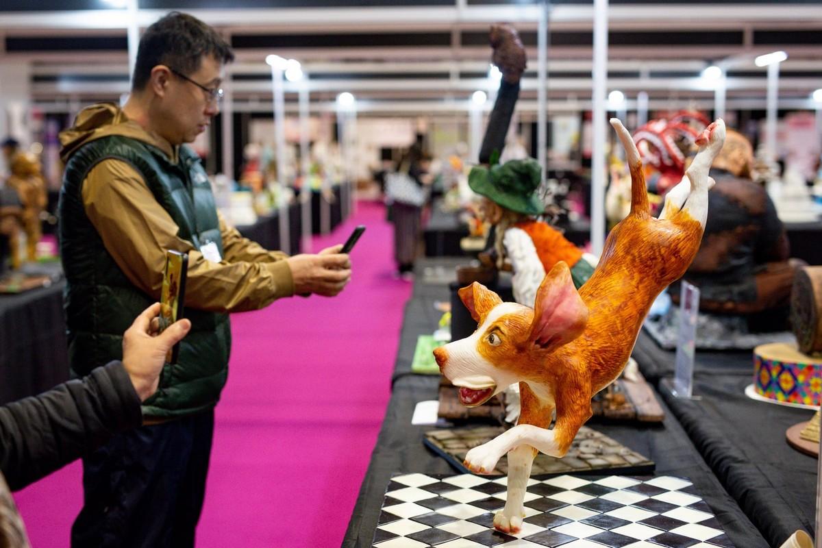 Бирмингемский кондитерский фестиваль с невероятно реалистичными сладостями