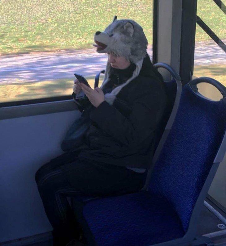 Странные и забавные люди, которых можно встретить в общественном транспорте