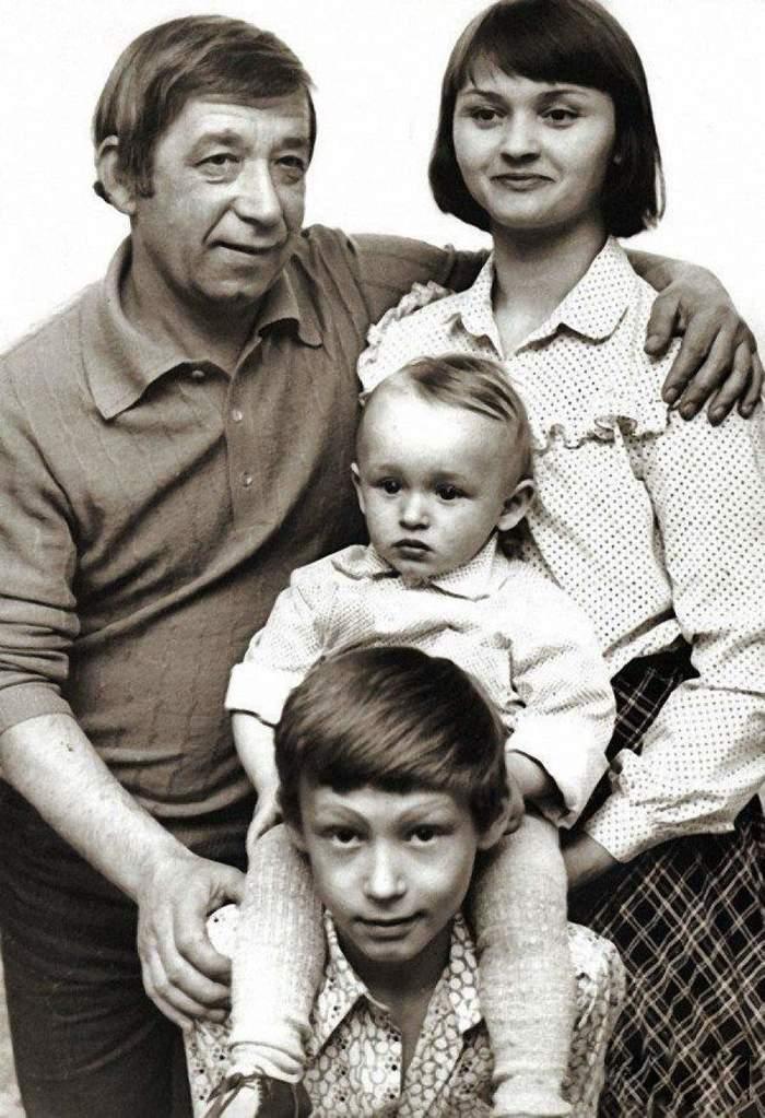 Подборка семейных фотографий любимых советских актеров