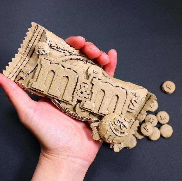 Японка создает невероятные скульптуры из картона