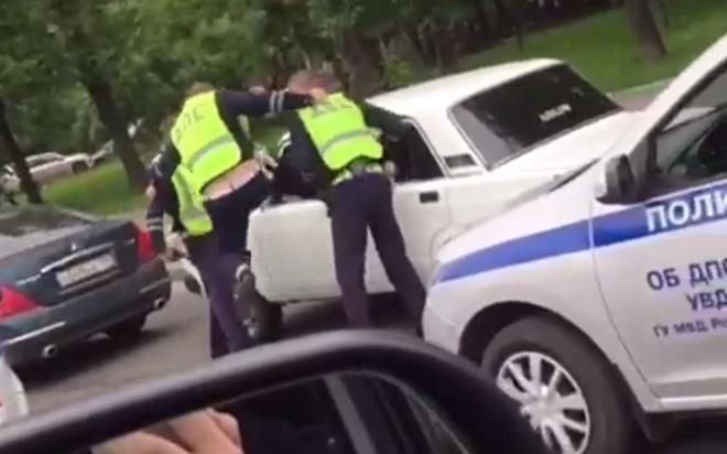 """""""Я еще молодой!"""": московские """"стритрейсеры"""" устроили гонки с полицией"""
