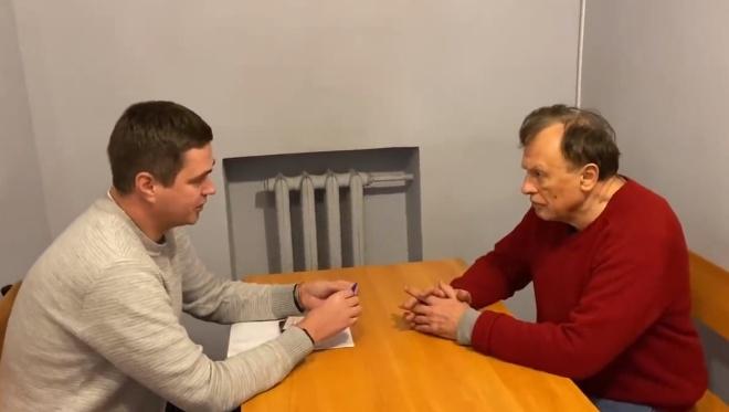 Убивший студентку доцент СПбГУ Олег Соколов захотел очки и книги