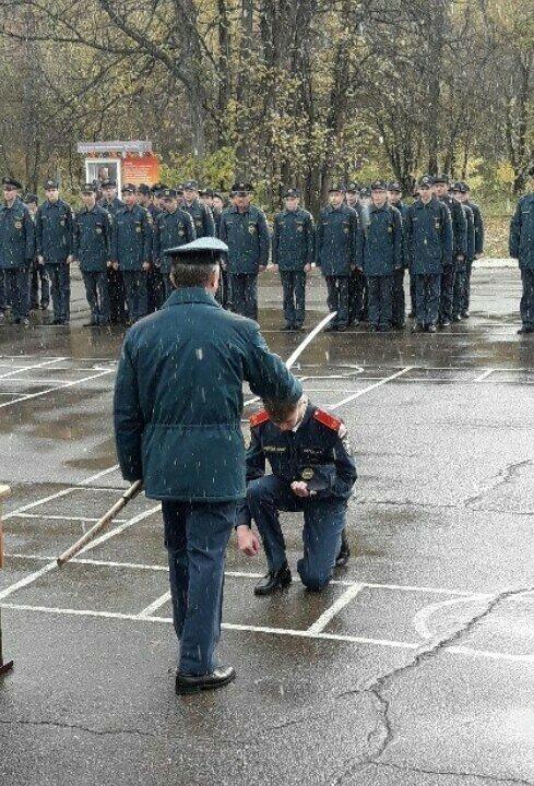 В Красноярском крае кадетов посвятили в выпускники самурайским мечом