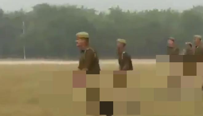 Индийская конная полиция тренируется разгонять митинги