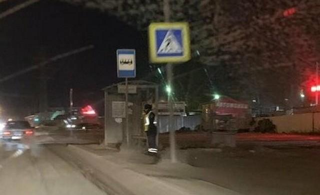 Жители Омска пожалели сотрудника ДПС