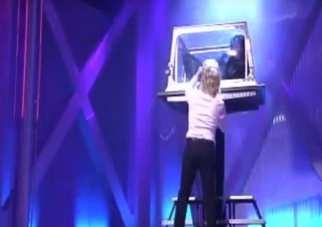 Ханс Клок: самый быстрый иллюзионист в мире