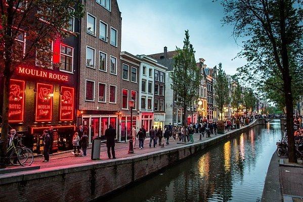Квартал красных фонарей в Амстердаме может исчезнуть.