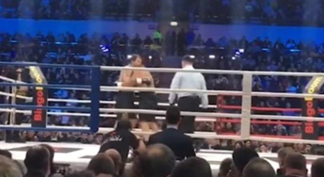 Александр Емельяненко отправил Кокляева в нокаут двумя ударами