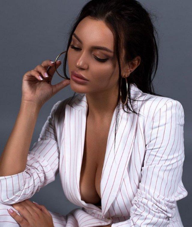 Титул «Мисс Москва — 2019» получила 23-летняя таможенница