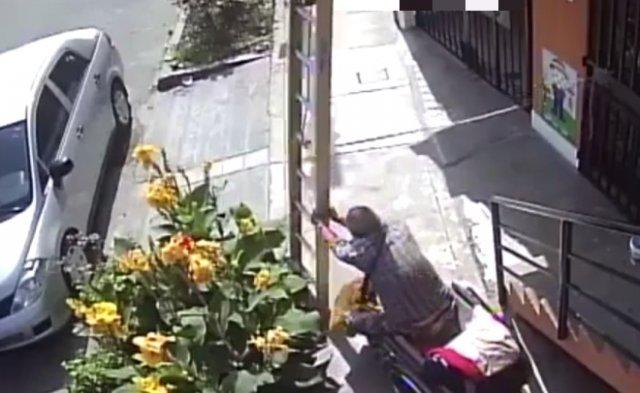 Инвалиду чем-то помешала лестница
