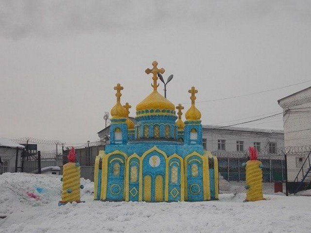 Заключенные колонии сделали копию храма Христа Спасителя. И она оказалась крайне необычной