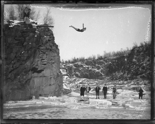 Солянка из интересных архивных фотографий