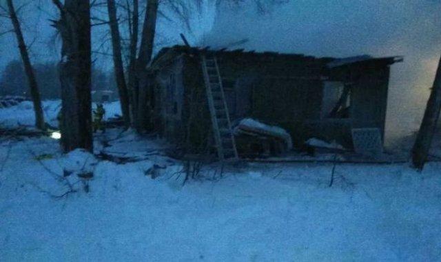 В пожаре, произошедшем в Томской области, погибли 11 человек