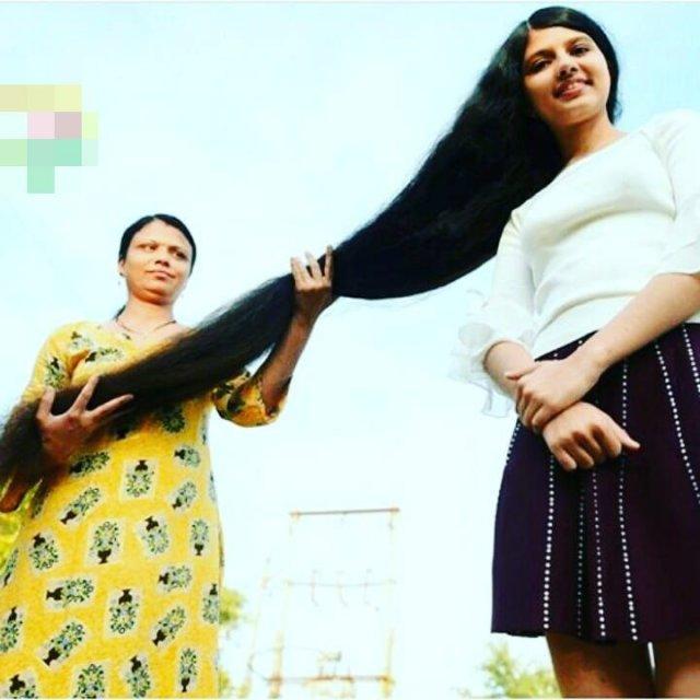 Девушка из Индии отрастила двухметровые волосы