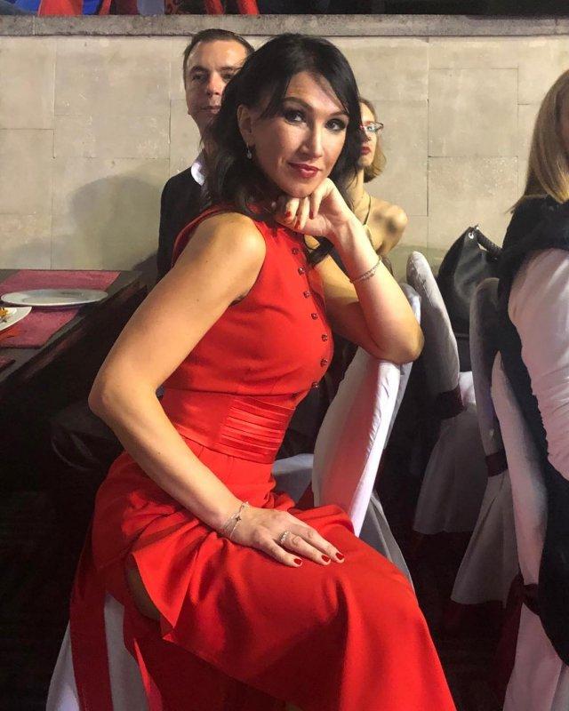 Врач из Петербурга стала «Миссис Вселенная Классик - 2020»