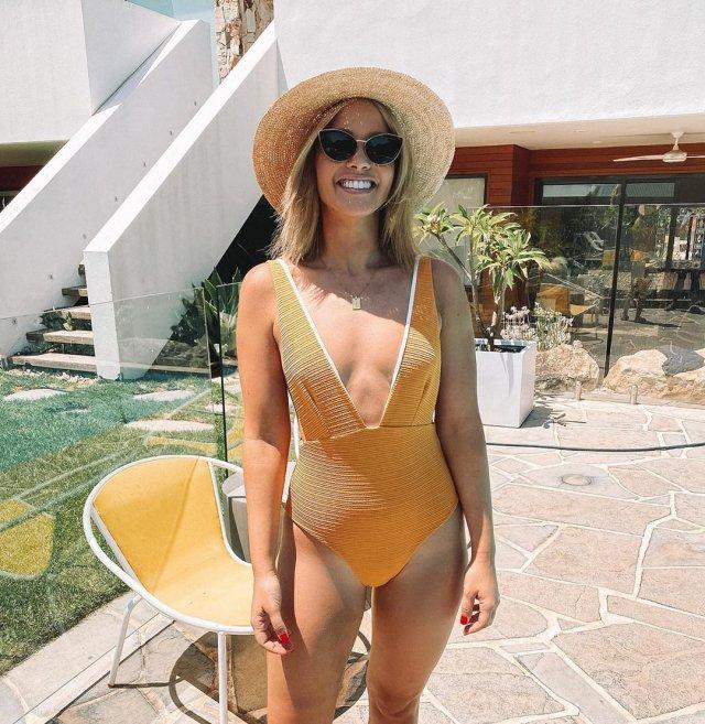 Бывшую «Мисс Вселенную» назвали слишком толстой для фото в Instagram