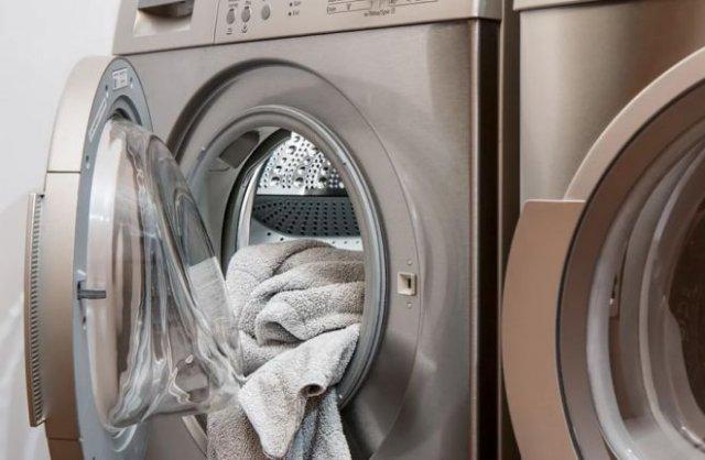 В Свердловской области женщина постирала новорожденного ребенка в стиральной машине