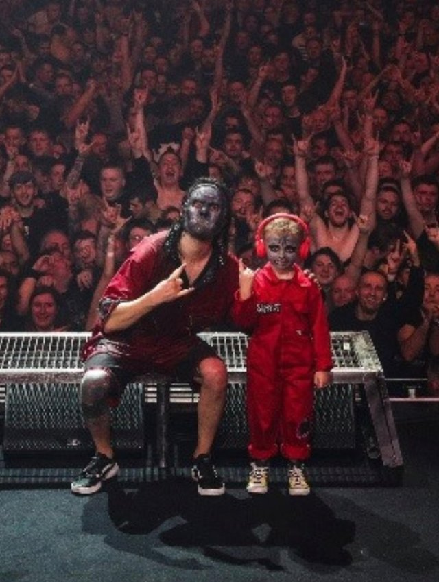 Пятилетний фанат Slipknot настолько впечатлил группу, что они взяли его к себе