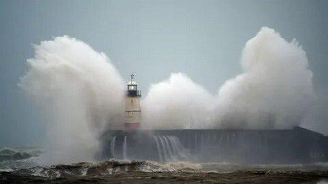 Ураган «Киара» бушует в Европе