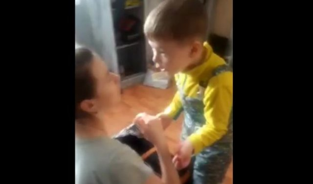 Ребенок на матах объясняет матери, что мужчинам плевать на слова и действия женщин