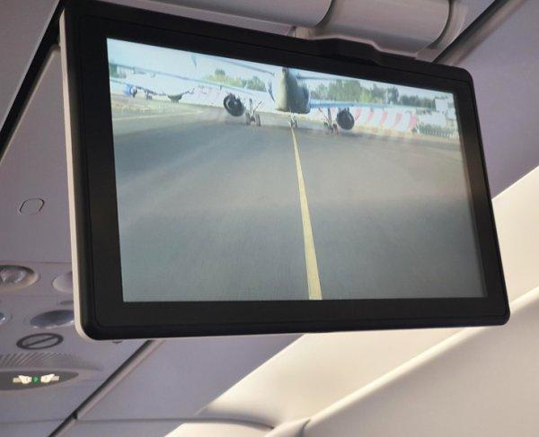фронтальная камера в самолете