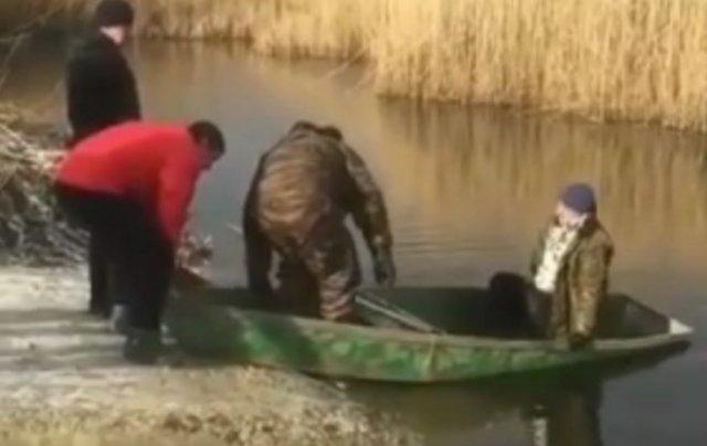лодка утонула