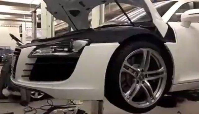Как поменять втулки стабилизатора в Audi R8?