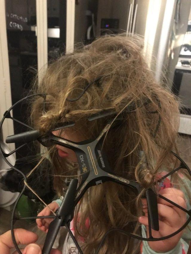 Дрон в волосах